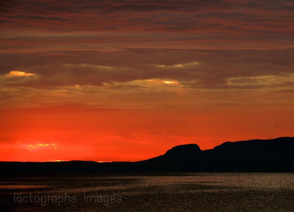 Lake Superior, Giant, Sunrise