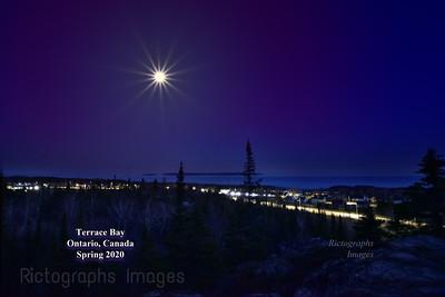 The Moon, Lake Superior, Terrace Bay, Ontario, Canada 2020,