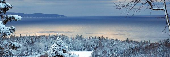 Lake Superior,Snowy Winter