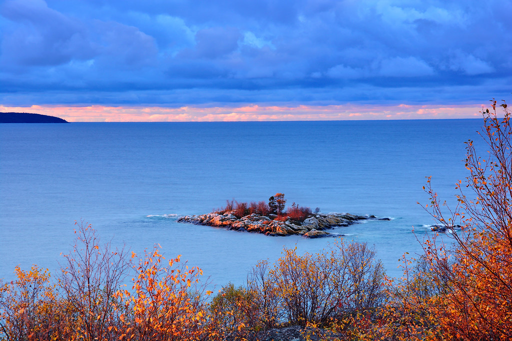 Gull Isle, Lake Superior, Terrace Bay, Ontario, Canada, Autumn 2016
