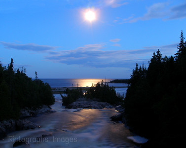Along The Casques Iles Hiking Trail North Of Lake Superior  The Aguasabon River Waters and Waves Sculpting the North Shore of Lake Superior