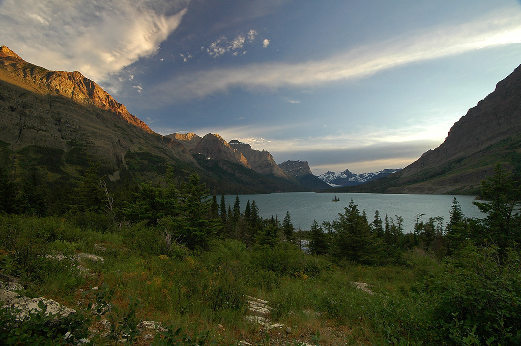 Wild Goose Island turnout at St Mary Lake