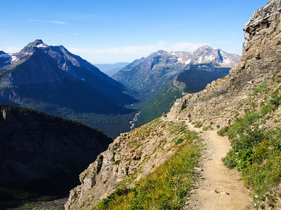 Day hike along Garden Wall trail, Glacier NP
