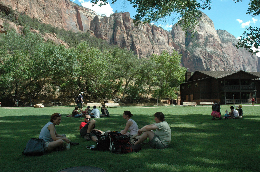 Zion National Park, Zion Lodge