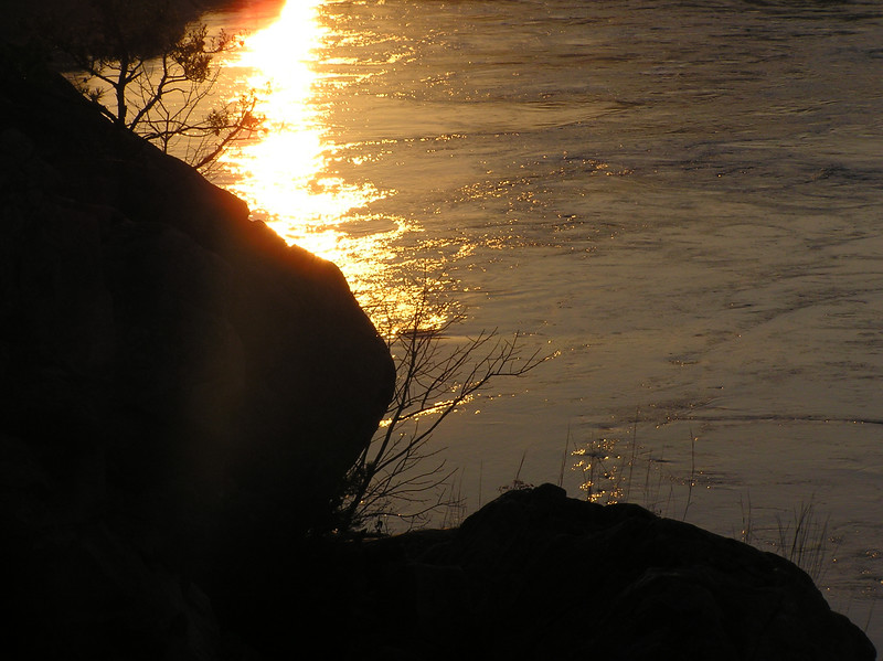 Potomac River detail view during sunrise from high point of Billy Goat Trail