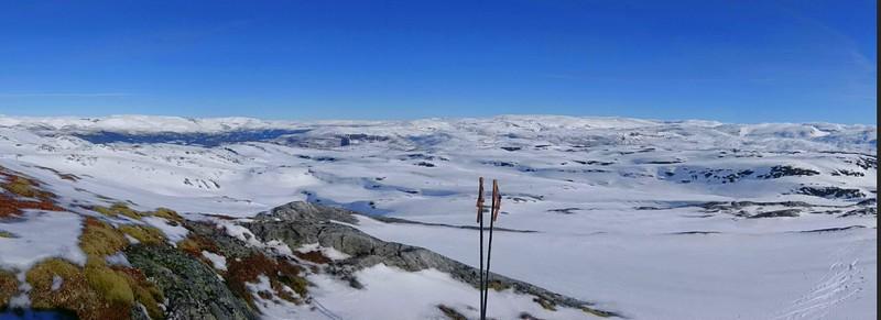 Panorama fra Løvo..med Lønahorgi til venstre..