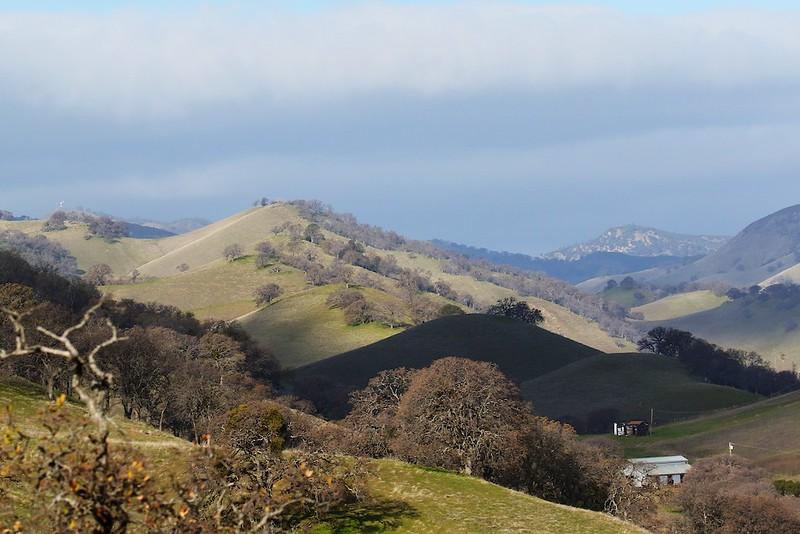 Round Valley hike Jan1  018
