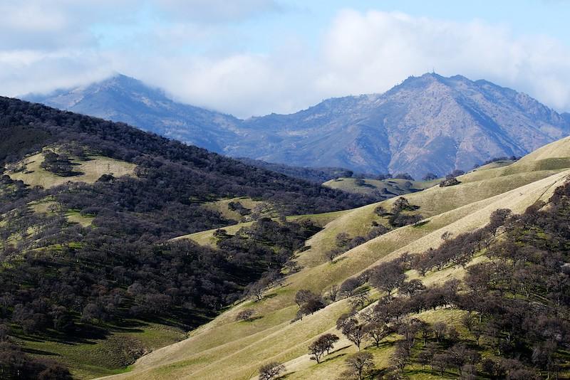 Round Valley hike Jan1  090