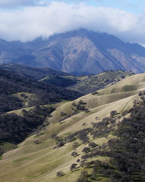 Round Valley hike Jan1  096