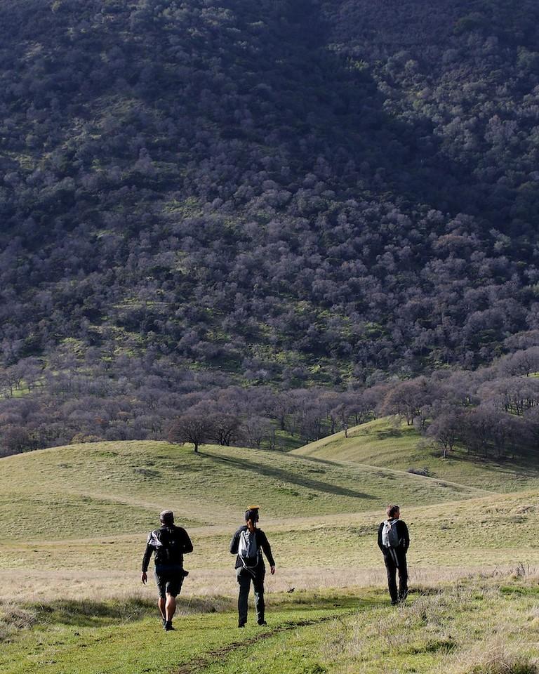Round Valley hike Jan1  043
