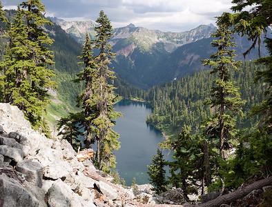 Snoqualmie Pass Area - Alaska Lake