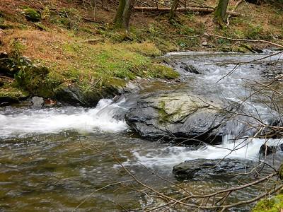Small rapid along the Gunpowder Falls