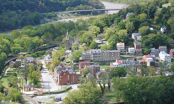 Closer view of Harpers Ferry, West Virginia.