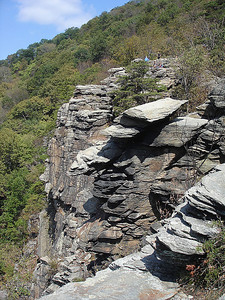 More cliffs along Maryland Heights.