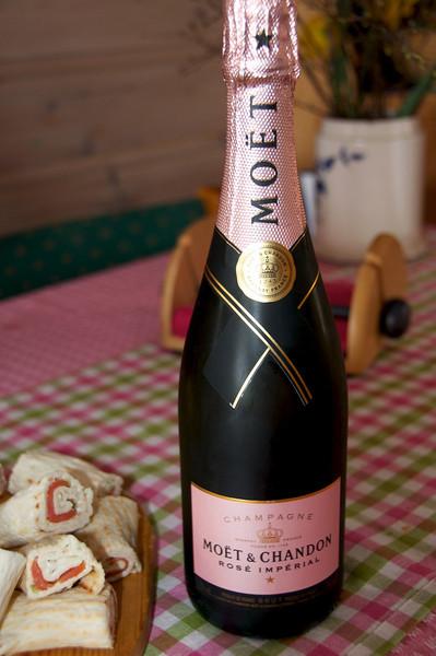 Champagne-frukost...hytta april 2014