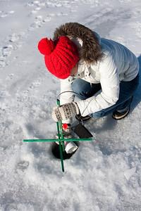 Icefishing2009-8