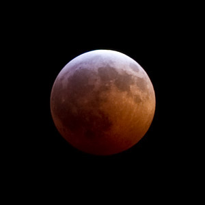 Lunar eclipse just before totality