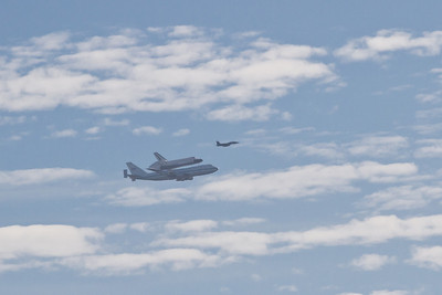 Shuttle Endeavour flyover; over Lake Chabot.