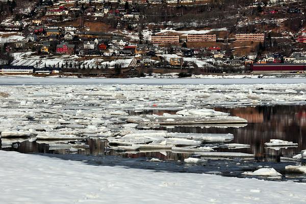 Vangsvatnet..isløysing  22.03.2010
