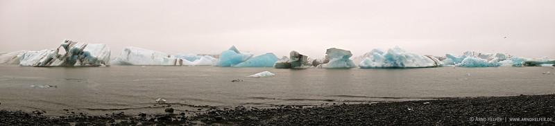 Eisberge in der Gletscherlagune Jökulsárlón - Island Icebergs in Glacier Lagoon Jökulsárlón - Iceland