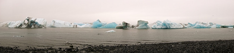 Eisberge in der Gletscherlagune Jökulsárlón - Island  Icebergs in Glacier Lagoon Jökulsárlón - Iceland  - mehr dazu im Blog: Jökulsárlón