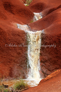 WAIMEA CANYON DRIVE, RED DIRT WATERFALLS