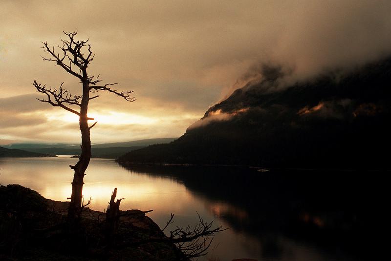 St Marys Lake Sunrise-66