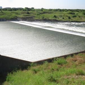 280 ft long settling basin - 550 feet wide