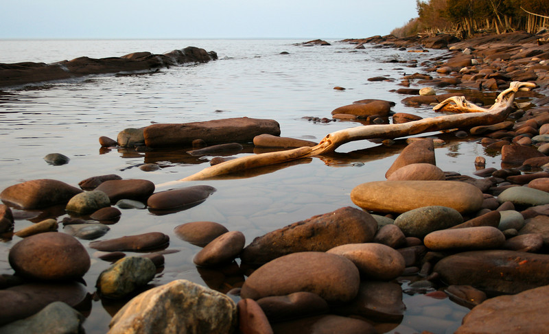 Classic Lake Superior shoreline.