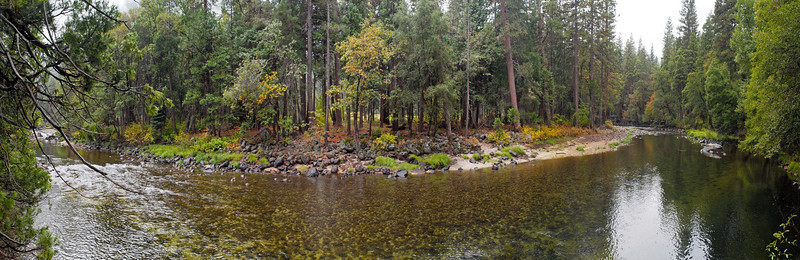 Merced River in Yosemite Valley - 23 Oct 2010