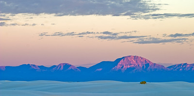 Sunrise over White Sands National Monument, near Alamogordo, New Mexico.