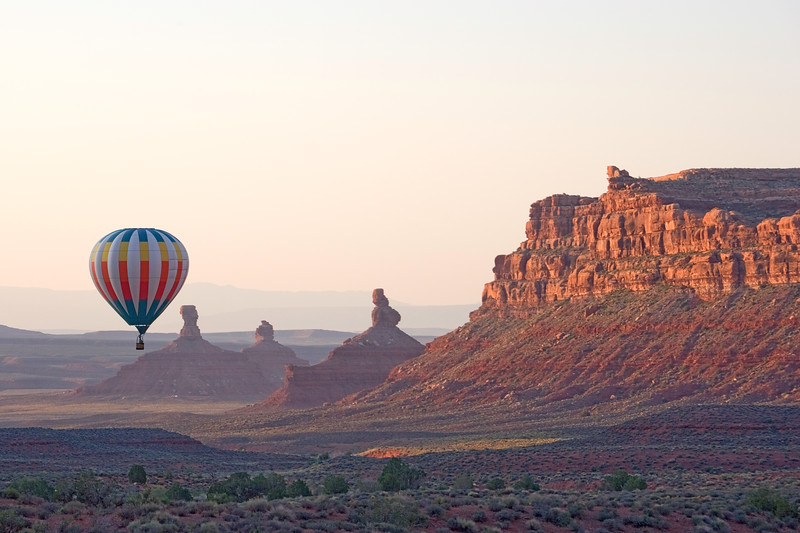 Hot air balloon over Valley of the Gods near Bluff, Utah.