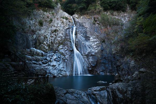 布引の滝 (Nunobiki Falls) - Kobe, Japan 2017
