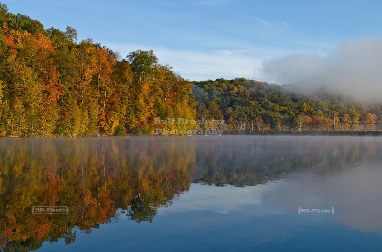 Fall reflections at Monksville Reservoir, Hewitt, New Jersey, USA