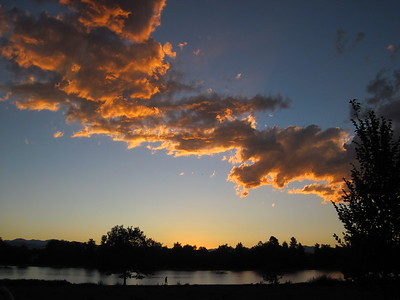 Sunset over Washington Park, Denver, Colorado.