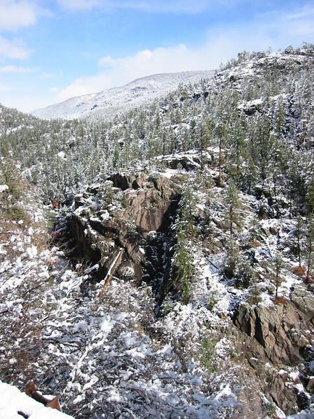 23-MountainOfVeryLargeRock