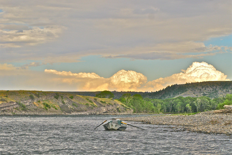 Driftboat on the Yellowstone.