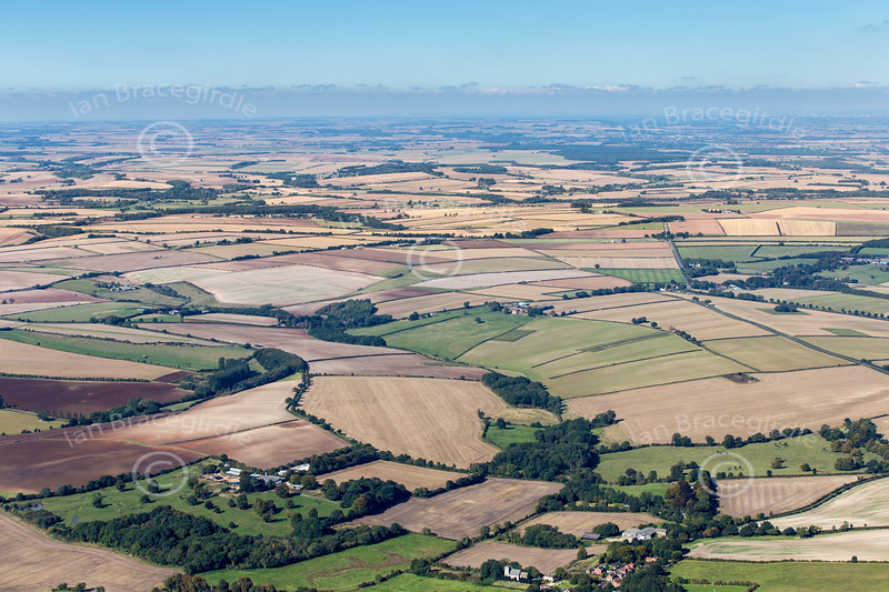 Aerial photo of a Lincolnshire landscape.