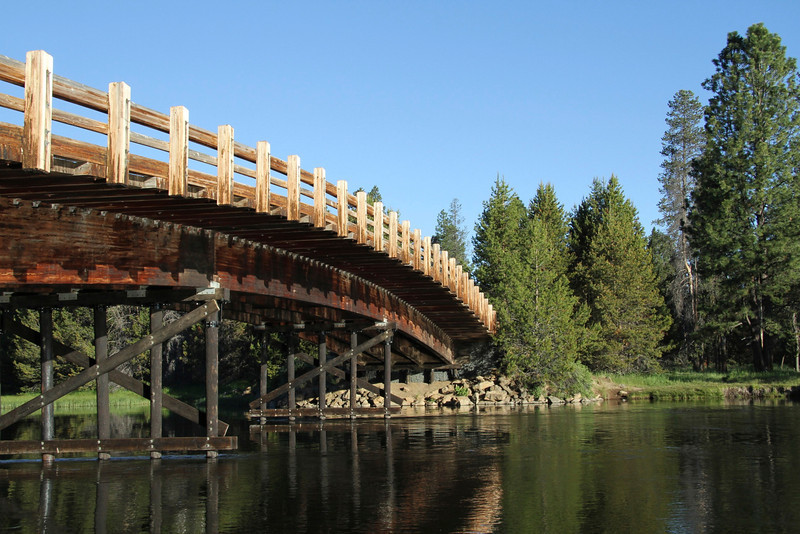 Bridge over the Deschutes River
