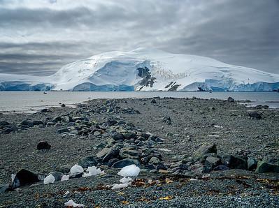 Glacier in Antarctica Copyright 2020 Steve Leimberg UnSeenImages Com _DSF5245