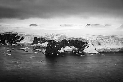 Antarctic Glacier Copyright 2020 Steve Leimberg UnSeenImages Com _DSF5063