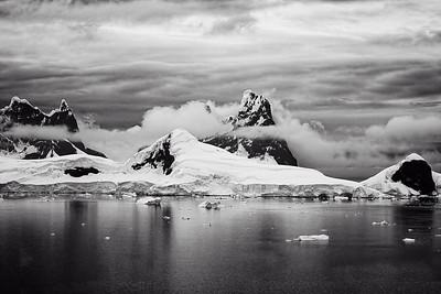 Antarctic Landscape B&W Copyright 2020 Steve Leimberg UnSeenImages Com _DSC5460