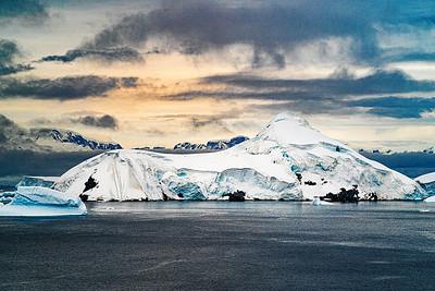 Antarctica Glacier Copyright 2020 Steve Leimberg UnSeenImages Com _DSC5838