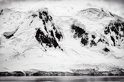 Mountains Antarctica Copyright 2020 Steve Leimberg UnSeenImages Com_DSF5664