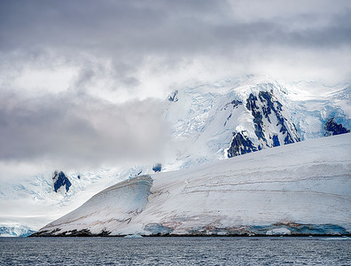 Antarctic Glacier and Mountain Copyright 2020 Steve Leimberg UnSeenIOmages Com _DSF5952