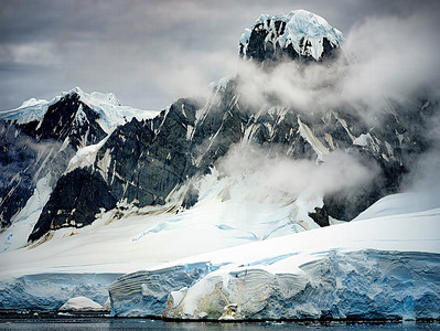 Mountain Range Antarctica Copyright 2020 Steve Leimberg UnSeenImages Com _DSF6282-HDR