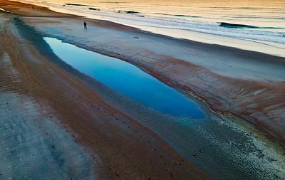 The  Beach Walker Copyright 2020 Steve Leimberg UnSeenImages Com _0099