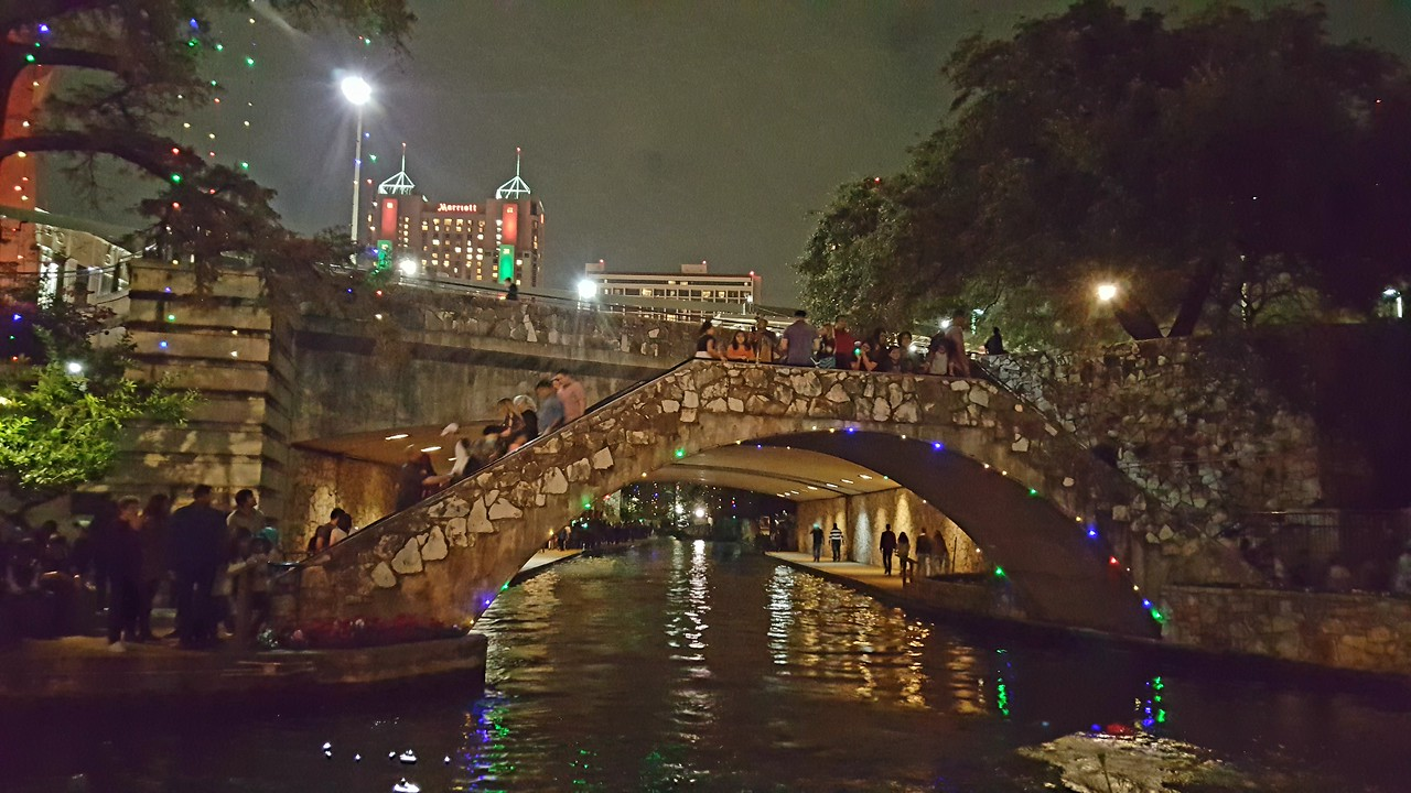 One of the many pedestrian bridges over the San Antonio river.