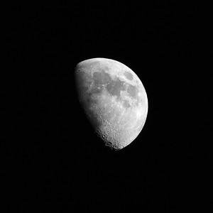 Half moon over Katwijk, The Nederlands. Halve maan boven Katwijk.
