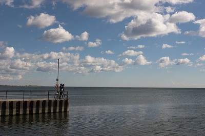 Cyclist shooting Lake Ontario